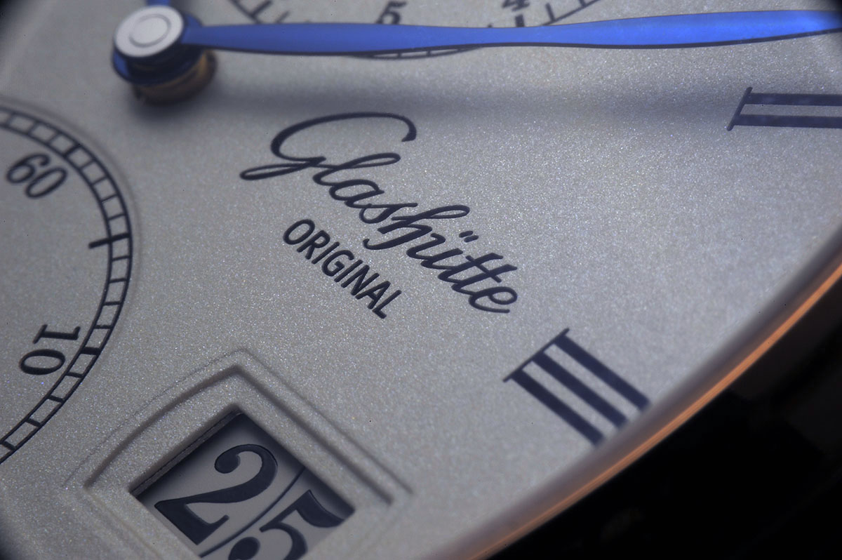 Review of the Glashütte Original Cosmopolite, Glashütte Original Cosmopolite Ref. 89-02-01-05-30, Glashütte Original Cosmopolite Ref. 89-02-01-05-30